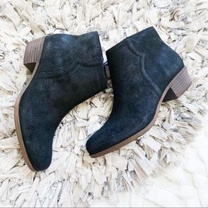 Lucky Brand Balexa Ankle Bootie in Black
